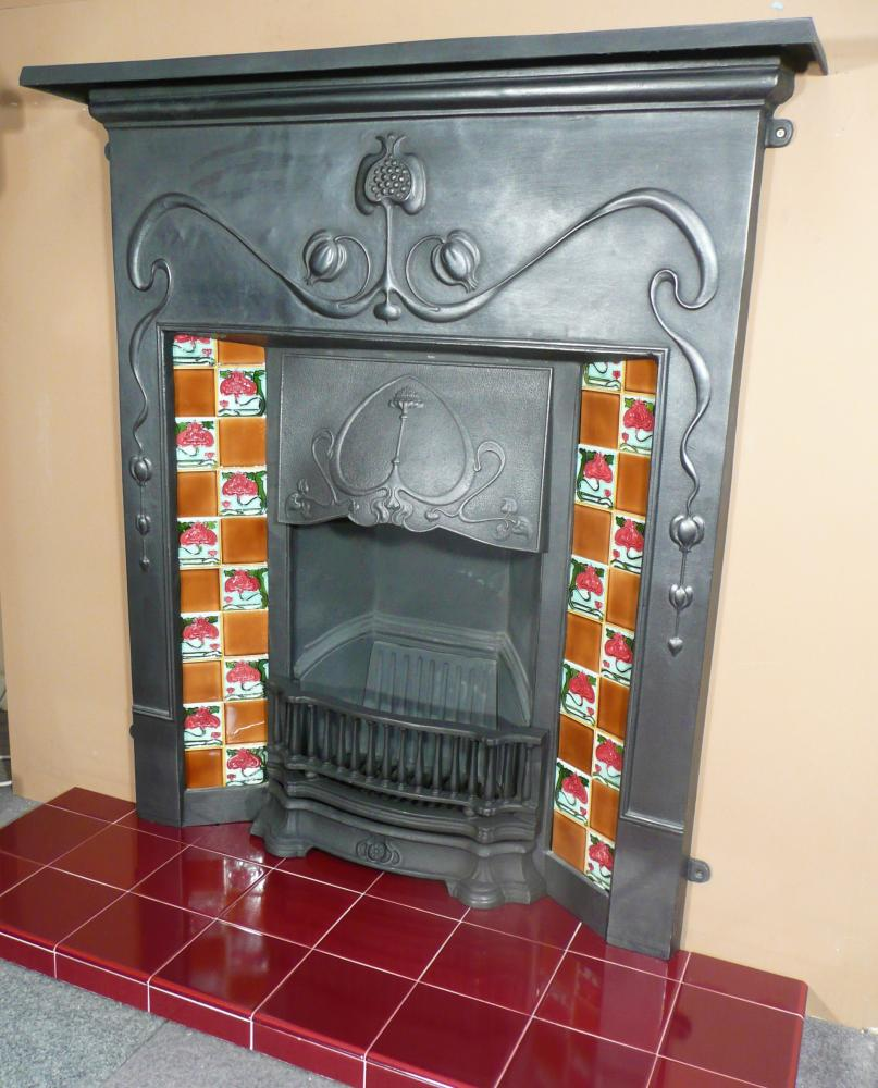 Made from Cast Iron. Black finish. The condition is excellent, as new.