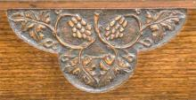 Arts and Crafts inspired mantel in oak detail